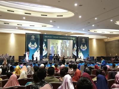 Menjadi Sarjana yang Optimis Membangun Indonesia