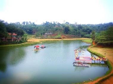 Situ Cibeureum: Destinasi Wisata Terbaru di Desa Cidadap