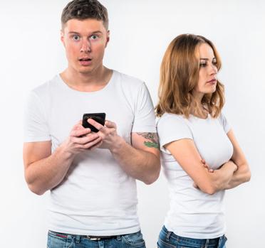 Menutup Komunikasi Dengan Mantan Emang Kagak Boleh Ye?