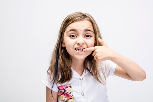 تقويم الأسنان اللبنية