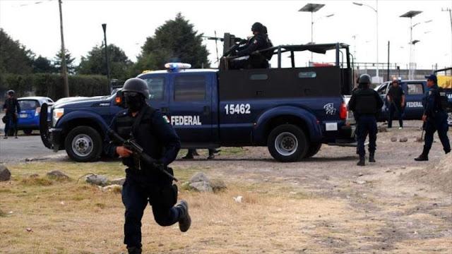 Hombres armados asesinan a 14 personas de dos familias en México