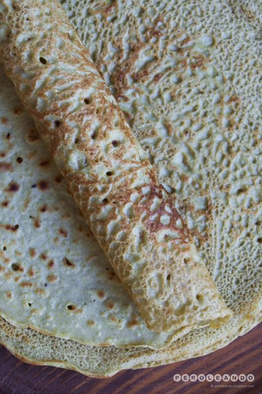 Crepes de trigo sarraceno y cúrcuma