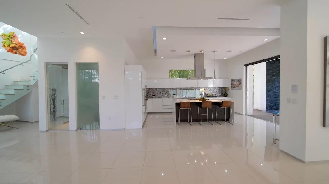 49 Interior Design Photos vs. 315 S Mansfield Ave, Los Angeles, CA Luxury Home Tour