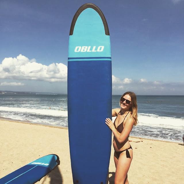 Bali, Kuta, Surfen