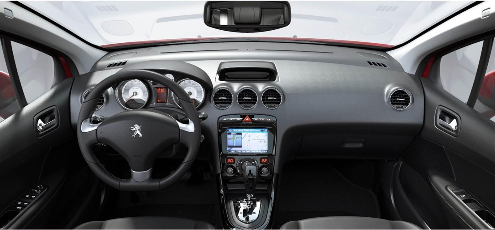 Peugeot 308 2017 - interior
