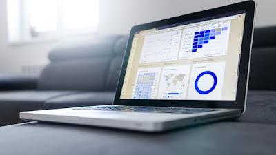 專業PDF軟體──PDF文電通4專業版,日前榮獲權威科技外媒「TechRadar」選為2018年五大最適合取代Adobe Acrobat的優良PDF編輯軟體之一,在國際舞台上閃耀光芒。