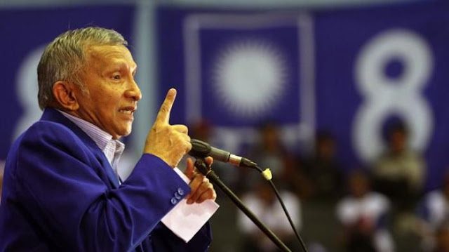 Amien Rais Sebut Prabowo Akan Menjadi Presiden Negara Muslim Terbesar di Dunia