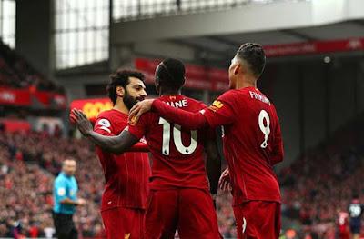 Man City đại thắng: Chelsea sẽ giúp Liverpool lập kỷ lục đăng quang sớm nhất? 2