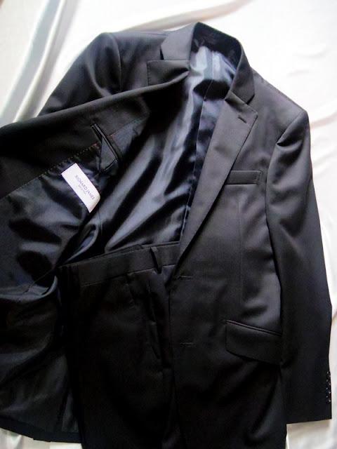 リチャードジェームスのブラックスーツ