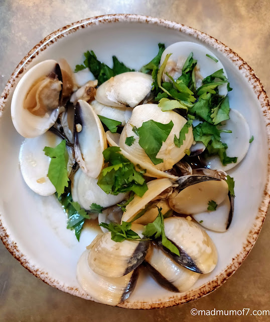 clams with yellow bean sauce and garlic #MalaysianByMay