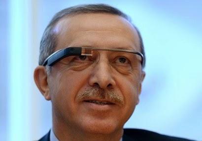 أردوغان يرتدي نظارة جوجل