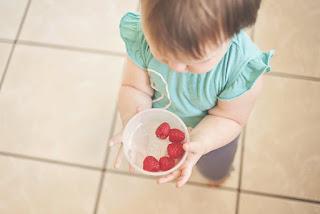 Waktu Makan Merupakan Saat Belajar, Menyayangi, Mencintai dan Berinteraksi Kepada Anak