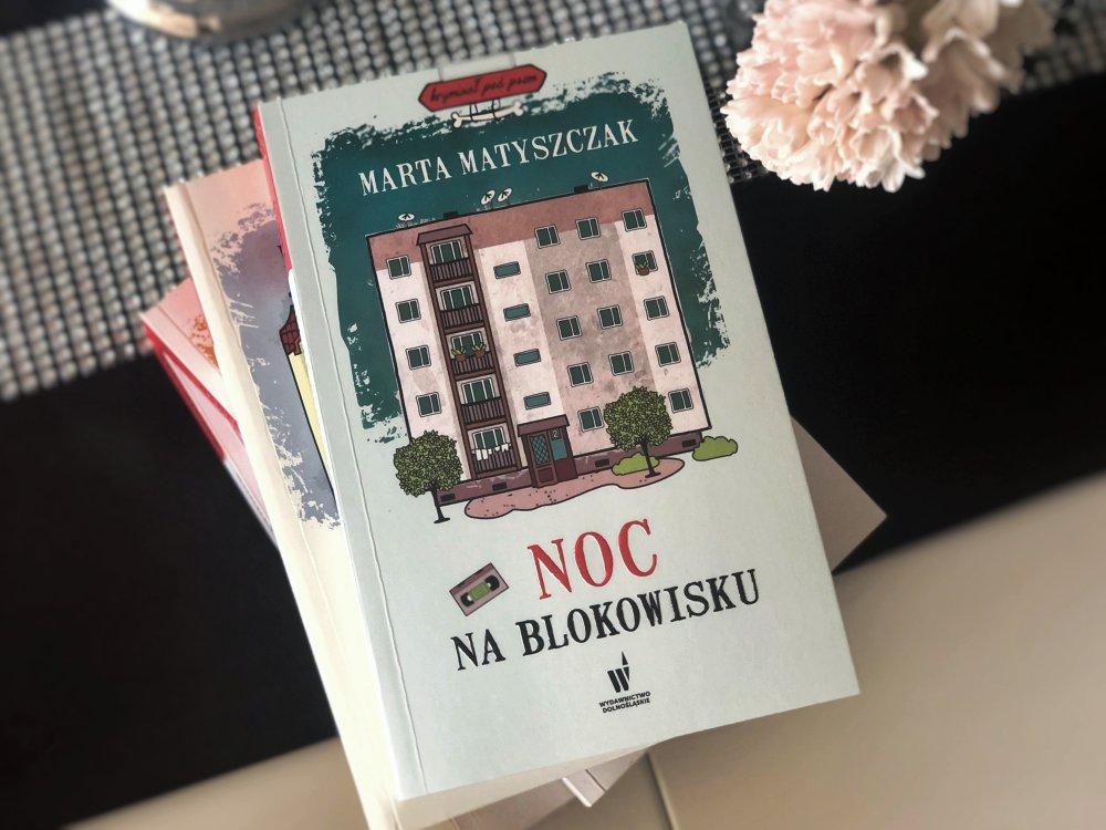 Noc na blokowisku książka