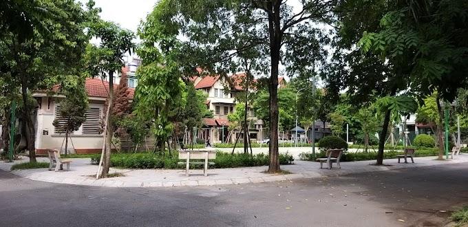 Bán Căn Biệt Thự Việt Hưng Lô Góc Mẫu Đơn Lập, Views Vườn Hoa, Diện tích 250m2, Giá 25 tỷ, 0988312321