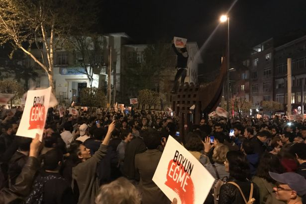 akademi dergisi, Mehmet Fahri Sertkaya, referandum, evet,hayır,protesto, yskakp'nin gerçek yüzü, recep tayyip erdoğan, izmir, ankara, istanbul