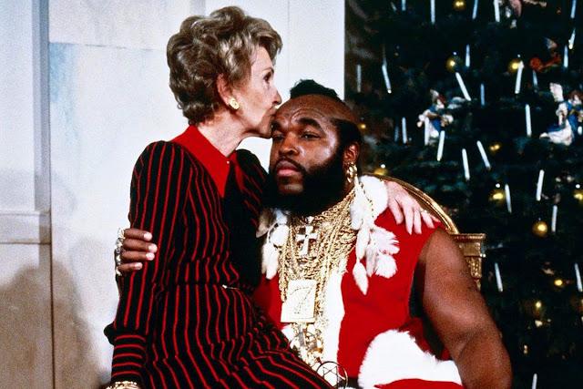 Mr.T y Nancy Reagan en la Casa Blanca durante las navidades de 1983