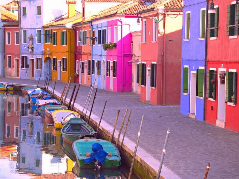 Venice-Lagoon-Islands-Burano