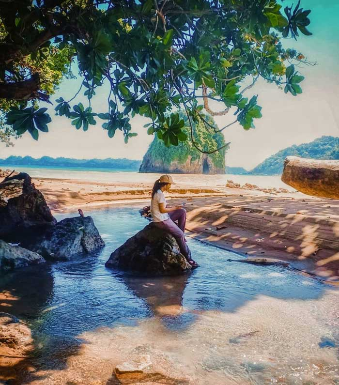 Pantai Kali Apus Malang