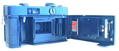 Konica C35 EF, Film box