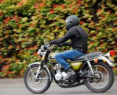 Similar to as you would do while buying a car; give it a try as well. Although elements may look excellent on document, you will yet wish for to get an experience for how it trips. As no two motorbikes are similar, this is a very essential phase. While you are buying a motorbike, must see how the motorbike picks up, reduces, and braking system.