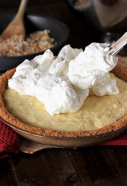 How to Make Coconut Cream Pie Image