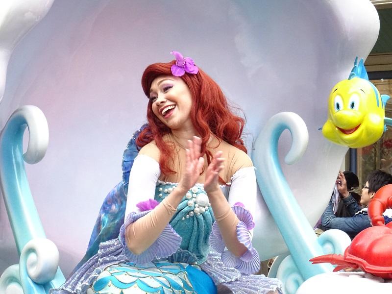 Ariel la petite sirene à la parade