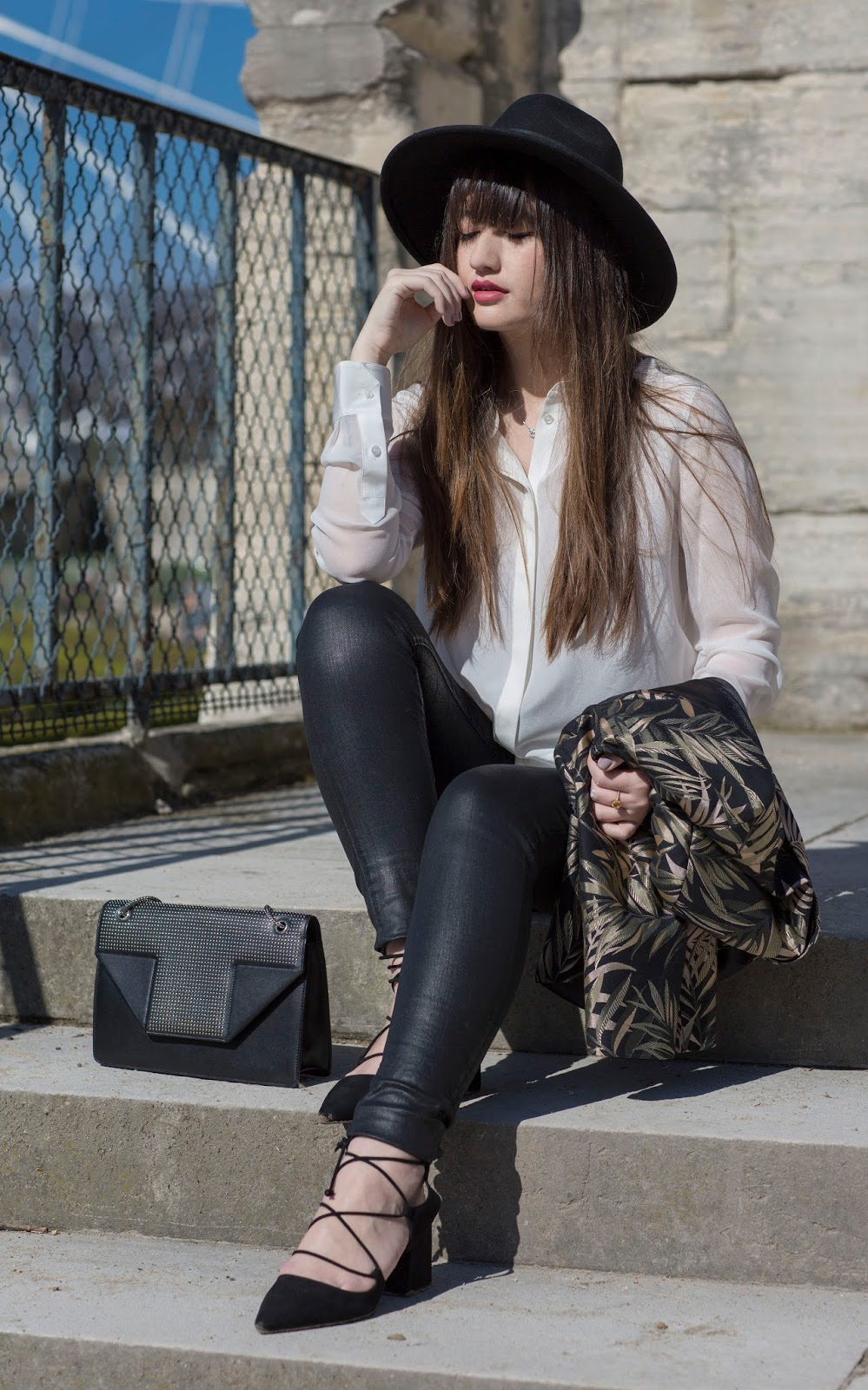 meet me in paree, blogger, fashion, look, style, parisian, nikita wong, chic style, fashion photography