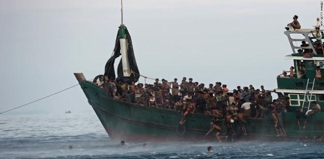 Bangladesh Selamatkan Pengungsi Rohingya Yang Terombang-ambing Di Laut, Puluhan Tewas Di Dalam Kapal