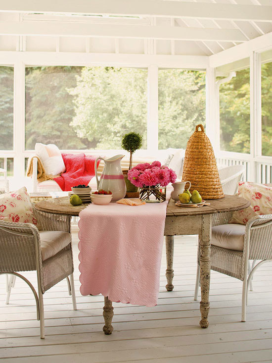 "Clever Confidante by Julie Webber: ""Tell Your Mama Hello"" on Chic Patio Ideas id=60245"