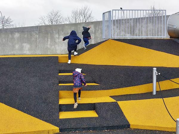 Sortie en Famille : L'aire de jeux des jardins de la ligne toulouse // TOULOUSE