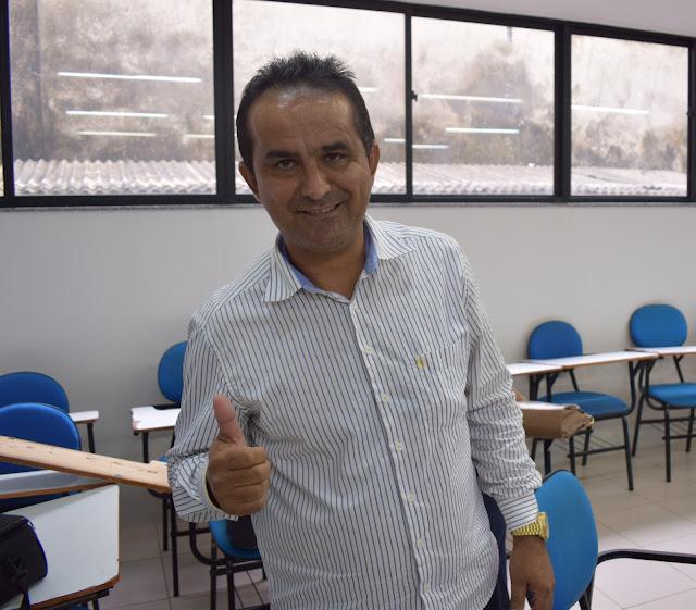 Resultado de imagem para prefeito de Pedreira Antônio França