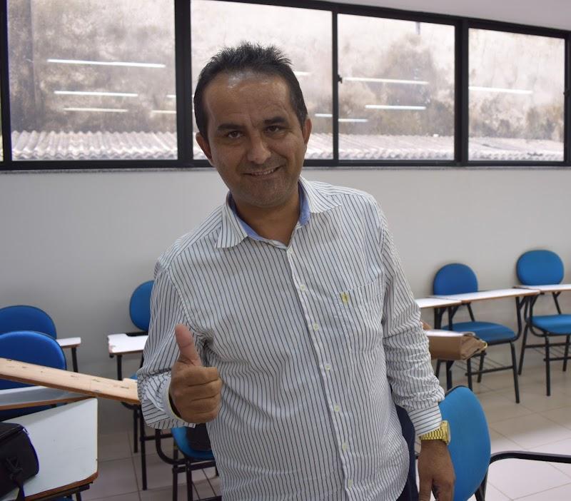 PEDREIRAS - ANTÔNIO FRANÇA ENGRENA MÁQUINA ADMNISTRATIVA