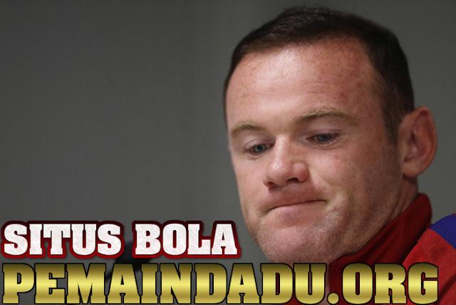 Rooney Kesal Dan Marah Setelah Menerima Jam Tangan Mewah