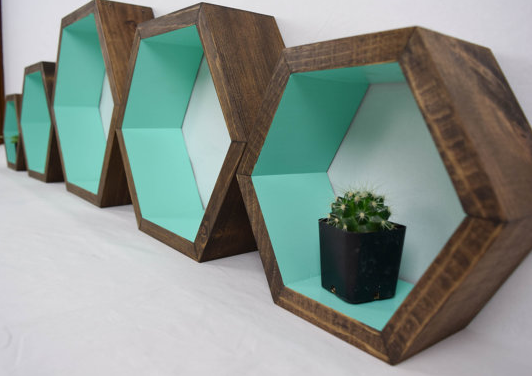 5 AMAZING HEXAGON SHELF IDEAS