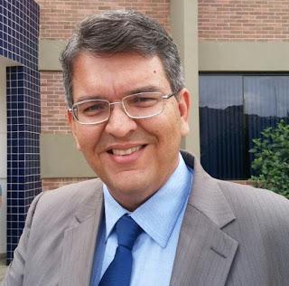 Prefeito de Cuité, Charles Camaraense é reeleito neste domingo (15)