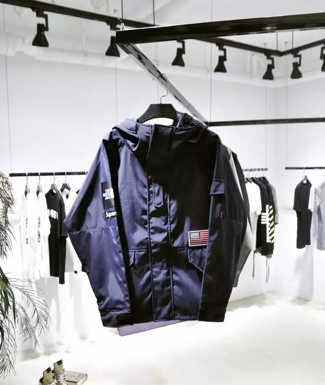 Fkers999 Supreme X The North Face 2017 Windstopper Jacket