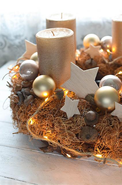 Bastel Dir einen Adventskranz aus Naturmaterial und Basaholz-Sternen