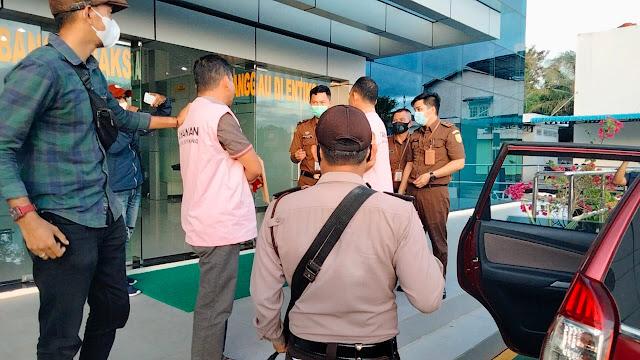 Cabang Kejaksaan Negeri Sanggau di Entikong Tetapkan 3 Tersangka Dugaan Korupsi APBDes Semongan
