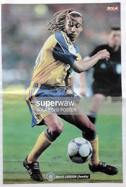 HENRIK LARSSON OF SWEDEN ON EURO 2000