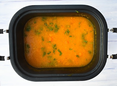 carrot and coriander soup in slow cooker