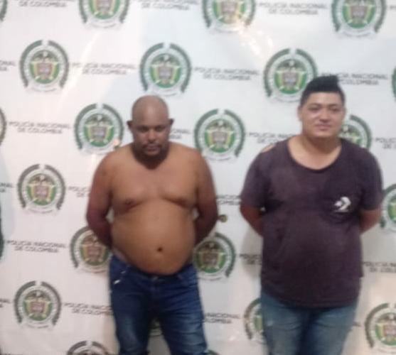 En parranda callejera un vIllanuevero y un venezolano agredieron a policía que les hizo comparendo