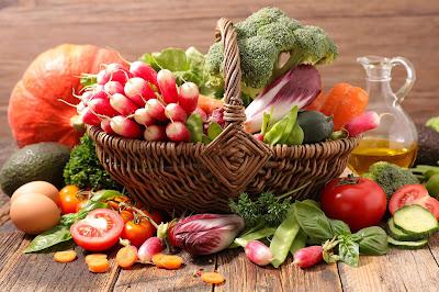 Novo estudo revela que a redução eficaz do colesterol começa na dieta natural