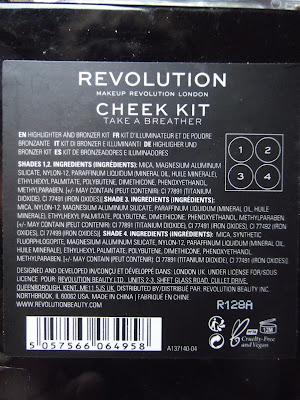 Makeup Revolution Cheek Kit paletka na tvár zloženie