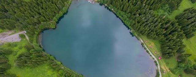 السياحة في تركيا - بالصور متع بصرك بجولة في بحيرة كاراجول في ارتفين التركية