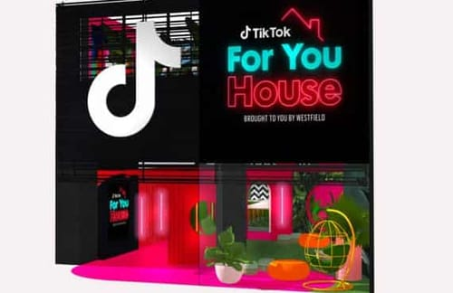 Tik Tok opens a pop-up store in the UK