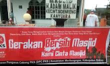 Gerakan Bersih Masjid Bersama PKS