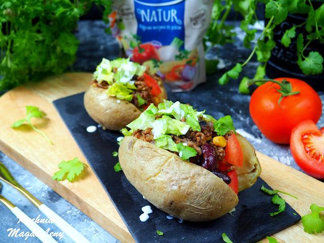 Faszerowane ziemniaki mięsem mielonym