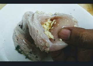 Stuffing scrambled eggs inside chicken breast for scrambled eggs healthy chicken parmesan recipe