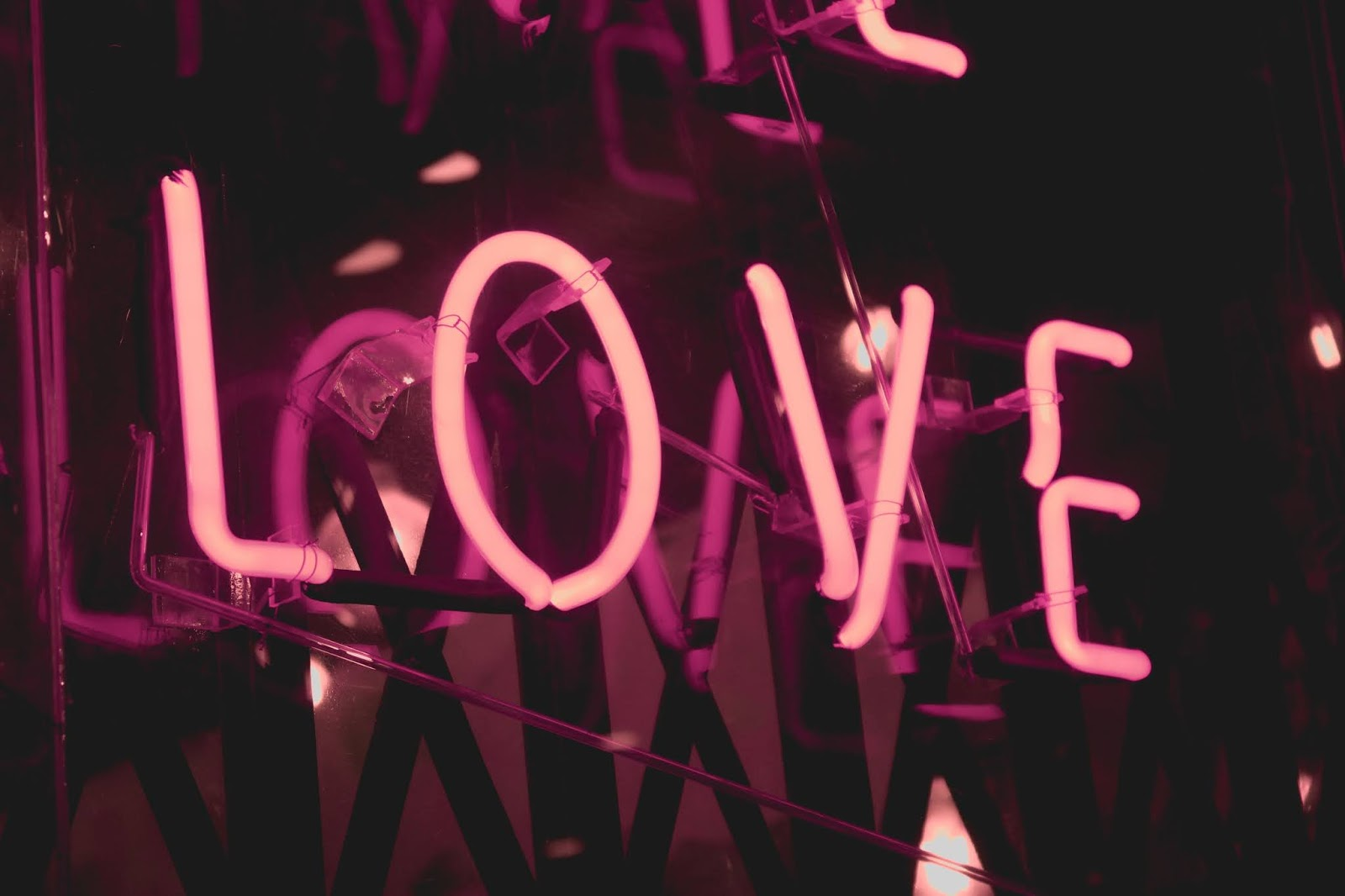 turned on pink Love neon signage,  love images