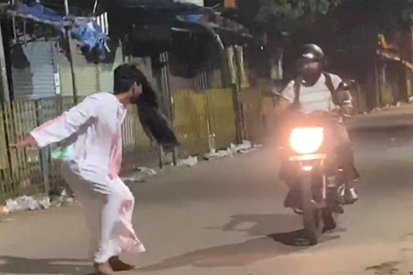 Ghost-Pranksters Arrested In Bengaluru, Bangalore, Local-News, Video, Police, Arrested, Passengers, Students, National